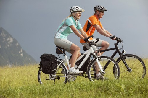 10 REASON WHY YOU SHOULD TRAVEL WITH BICYCLE