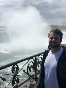 Where do MLB celebrities go on vacation? Niagara Falls