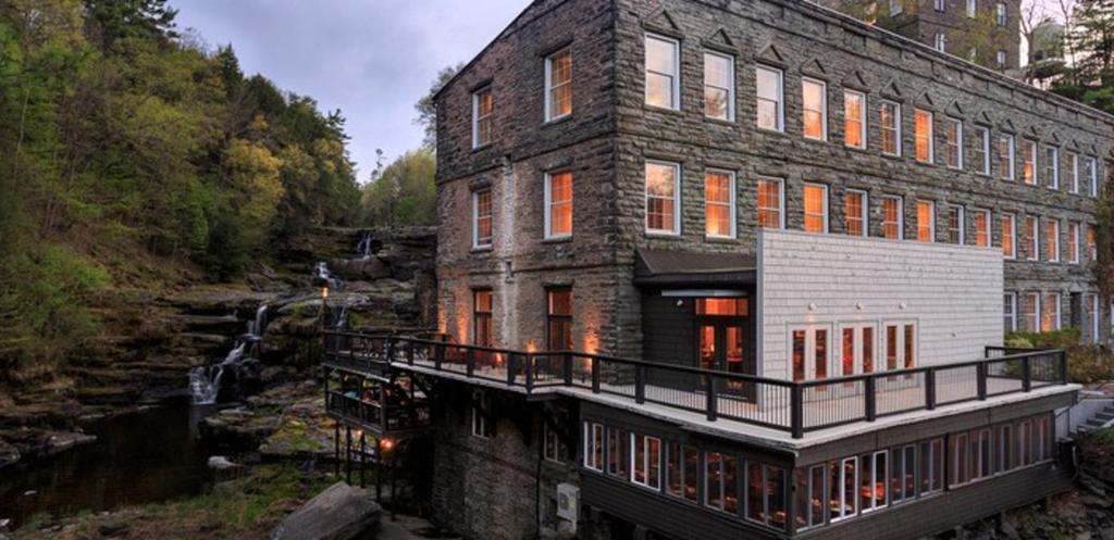 Ledges Hotel Hawley PA Book Your Room